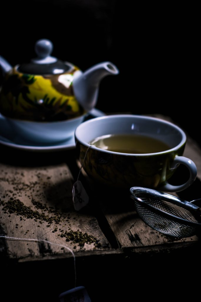 https://freaktofit.com/wp-content/uploads/2020/04/grey-and-yellow-tea-set-3123792-scaled.jpg