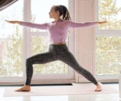 virabhadrasana2 Yoga and its benefits