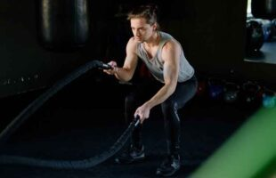 CrossFit Exercise : Benefits, Types and Precautions