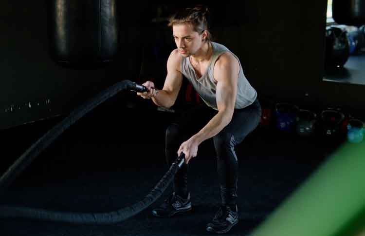 CrossFit-Exercise,-Benefits,-Types-and-Precautions